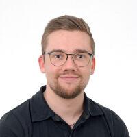 Toni Könönen, Myyntipäällikkö, Saka
