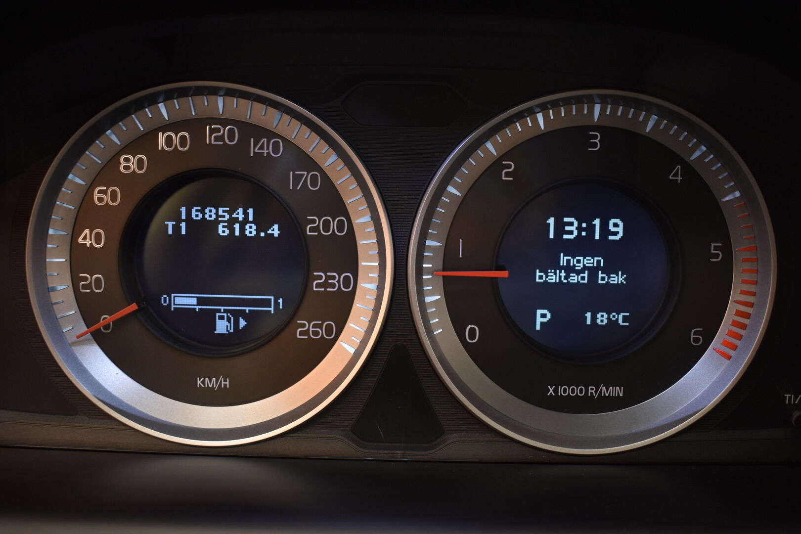Musta Maastoauto, Volvo XC60 – BVZ-189, kuva 14