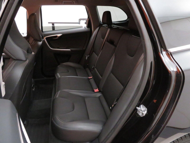 Musta Maastoauto, Volvo XC60 – EXP-0682, kuva 10