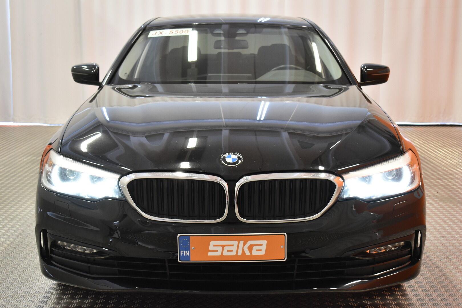 Musta Sedan, BMW 520 – EXP-5828, kuva 1