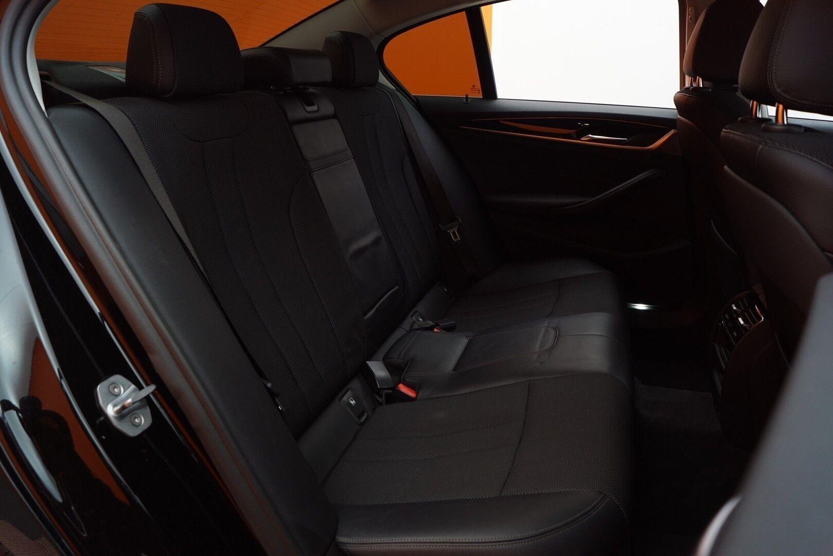 Musta Sedan, BMW 520 – EXP-5828, kuva 12