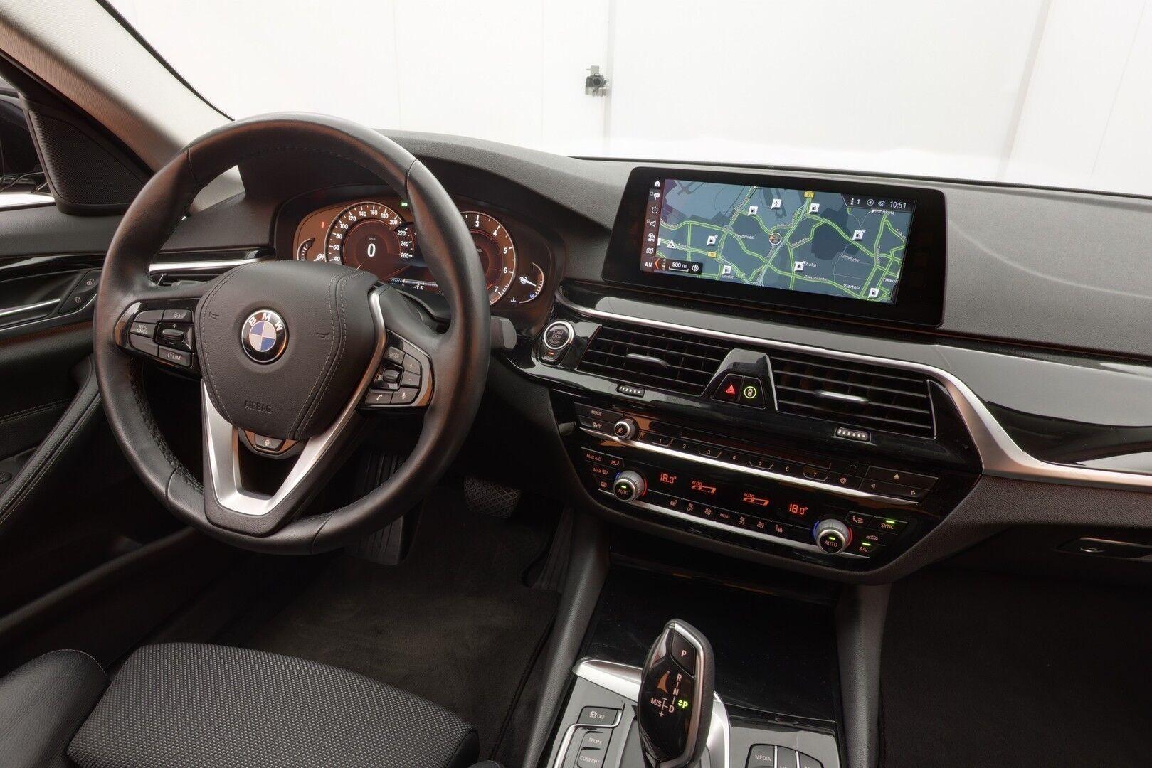 Musta Sedan, BMW 520 – EXP-5828, kuva 14