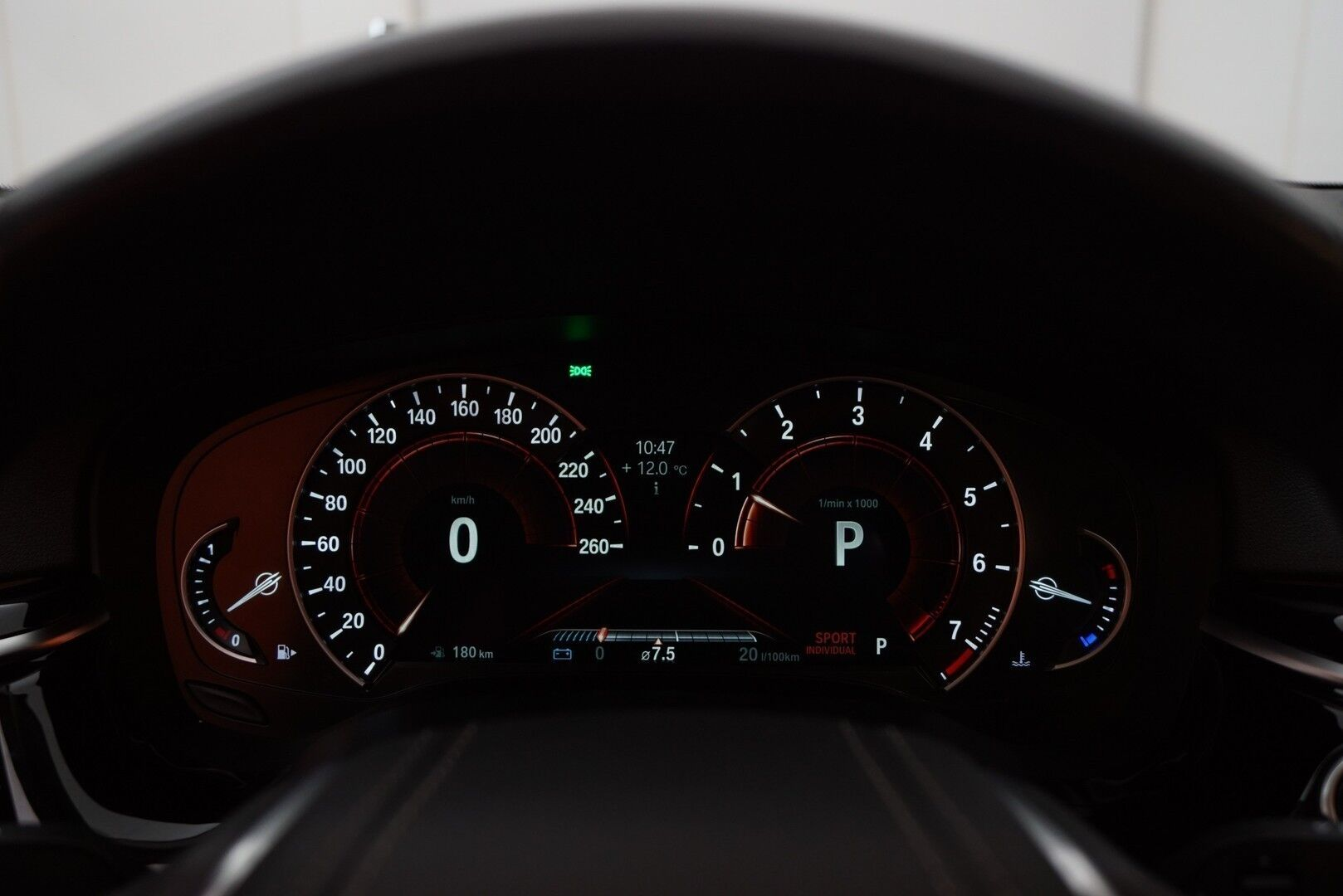 Musta Sedan, BMW 520 – EXP-5828, kuva 16