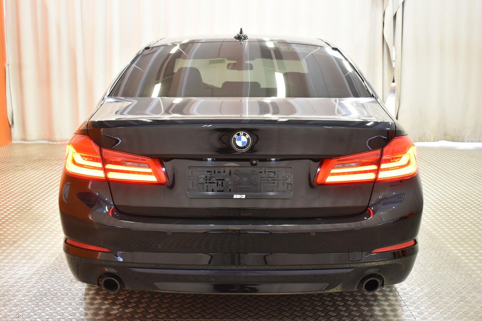 Musta Sedan, BMW 520 – EXP-5828, kuva 6