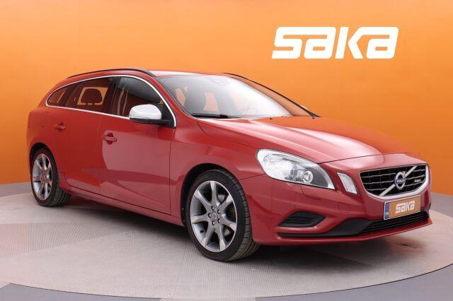 Punainen Farmari, Volvo V60 – HER-41097