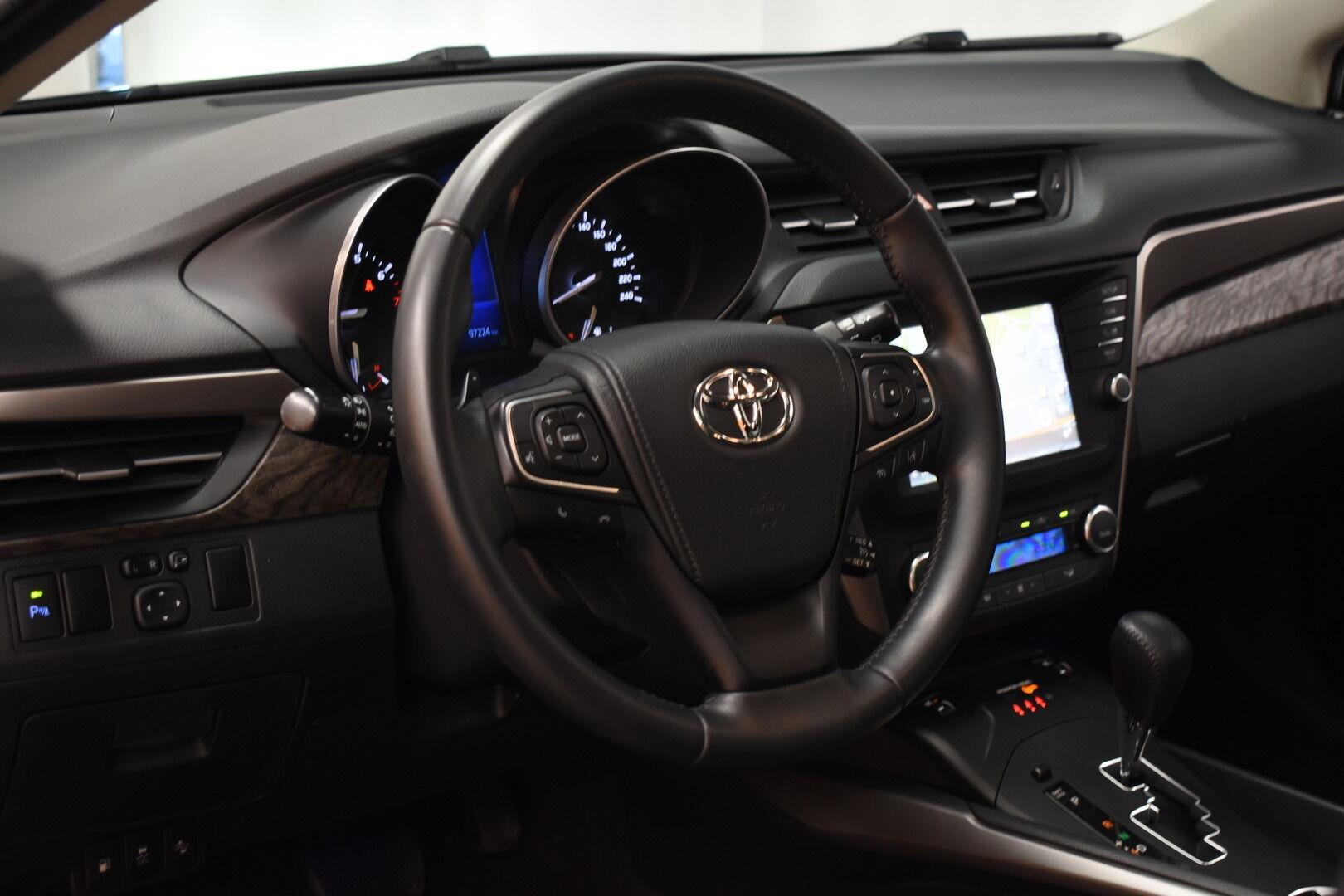 Sininen Farmari, Toyota Avensis – HER-7327, kuva 15