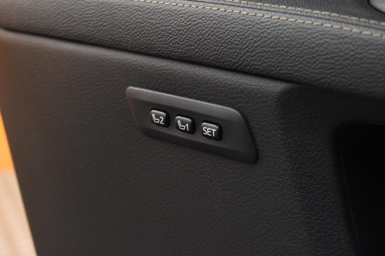 Sininen Farmari, Toyota Avensis – HER-7327, kuva 25