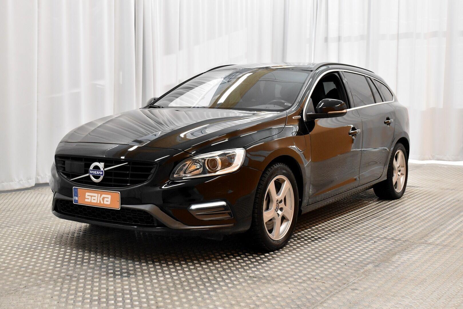 Musta Farmari, Volvo V60 – JÄR-93292, kuva 4