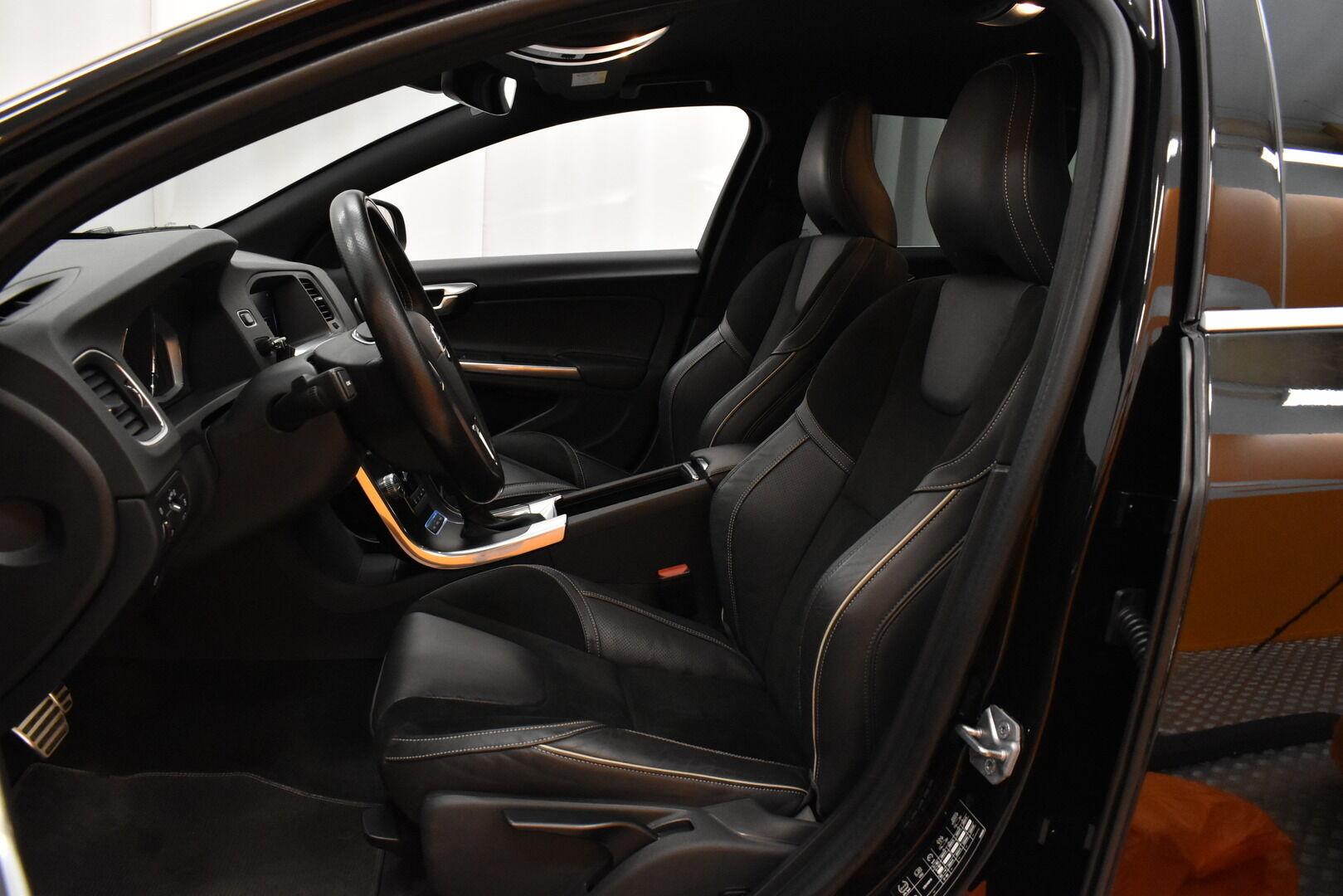 Musta Farmari, Volvo V60 – JÄR-93292, kuva 8