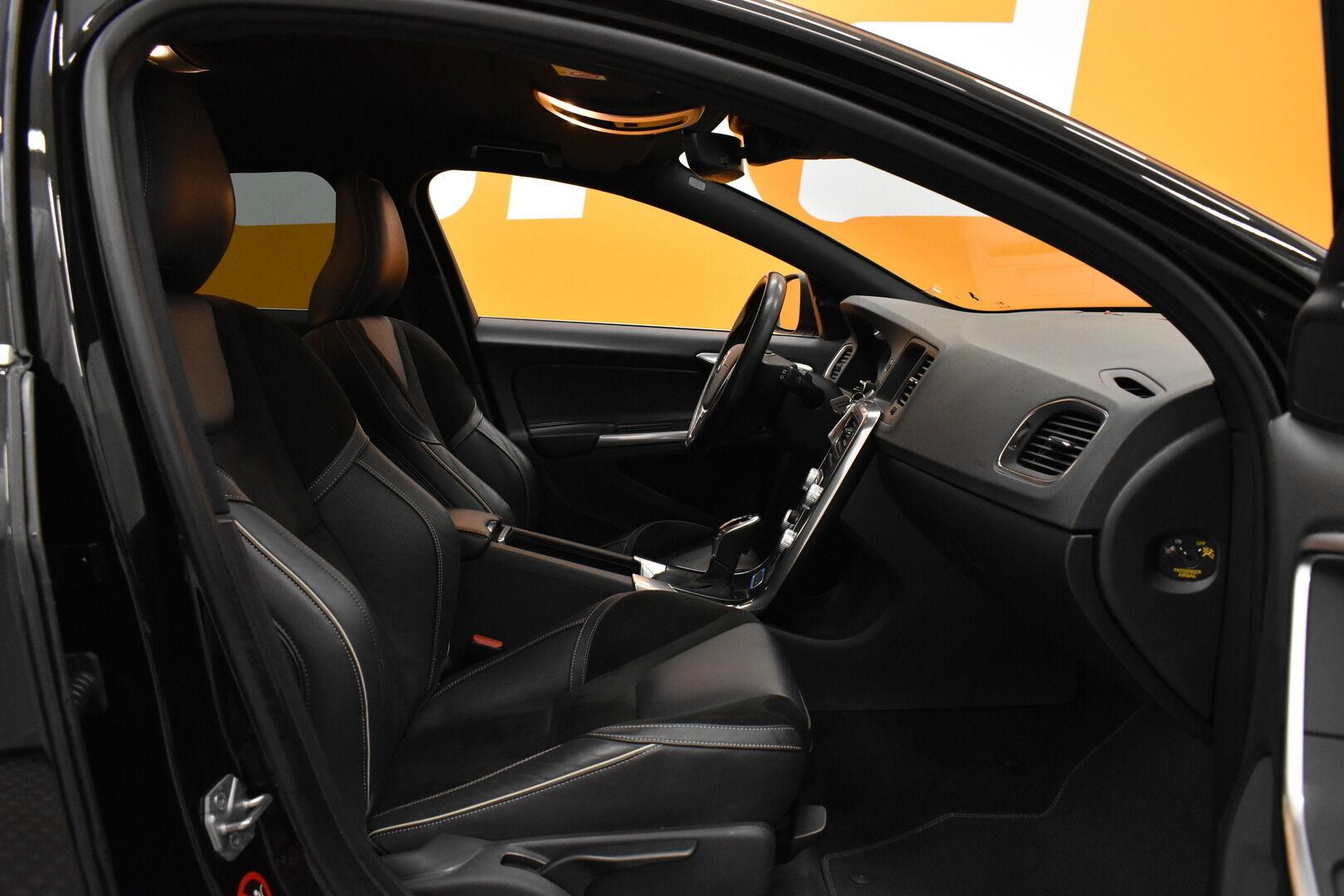 Musta Farmari, Volvo V60 – JÄR-93292, kuva 10