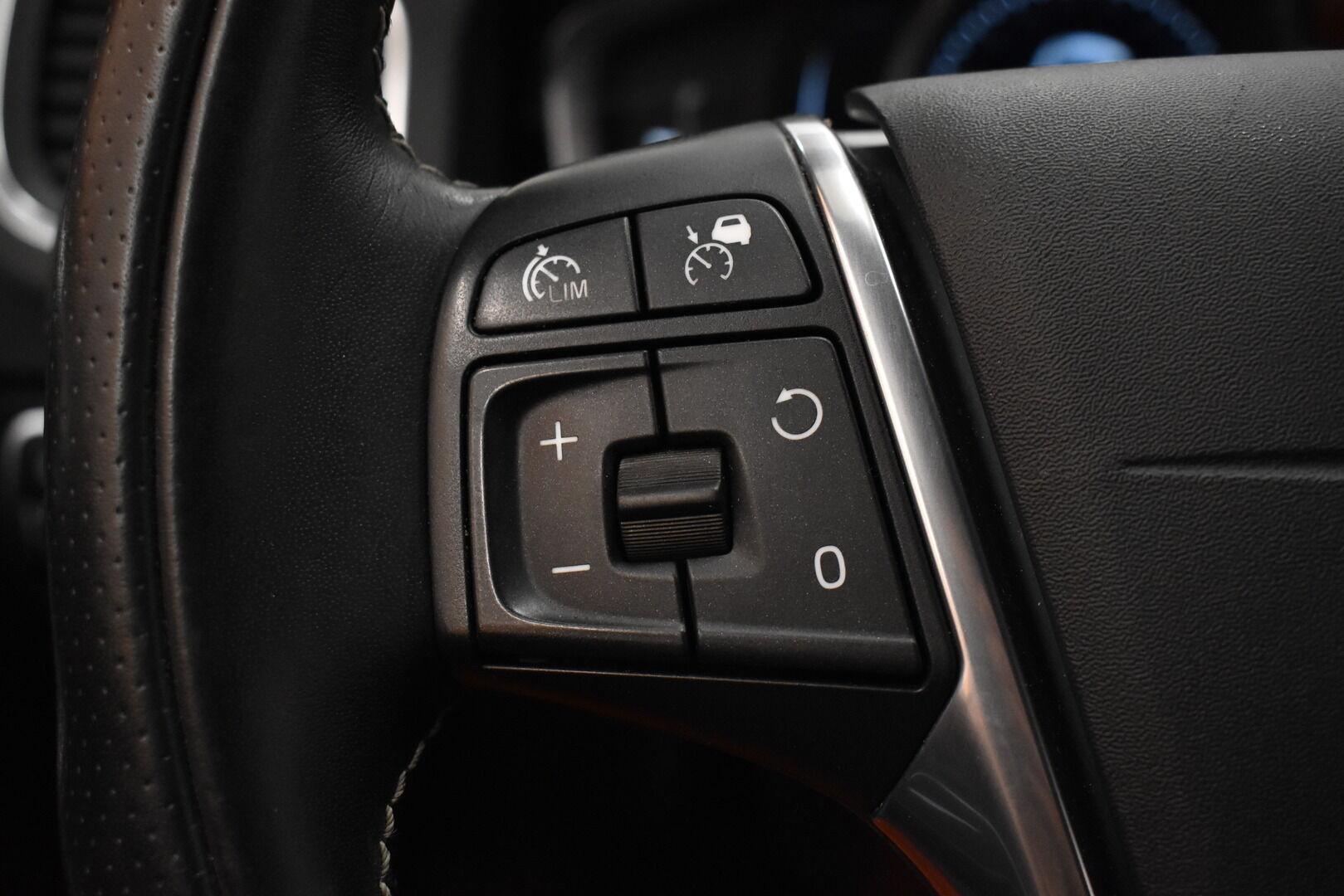 Musta Farmari, Volvo V60 – JÄR-93292, kuva 18