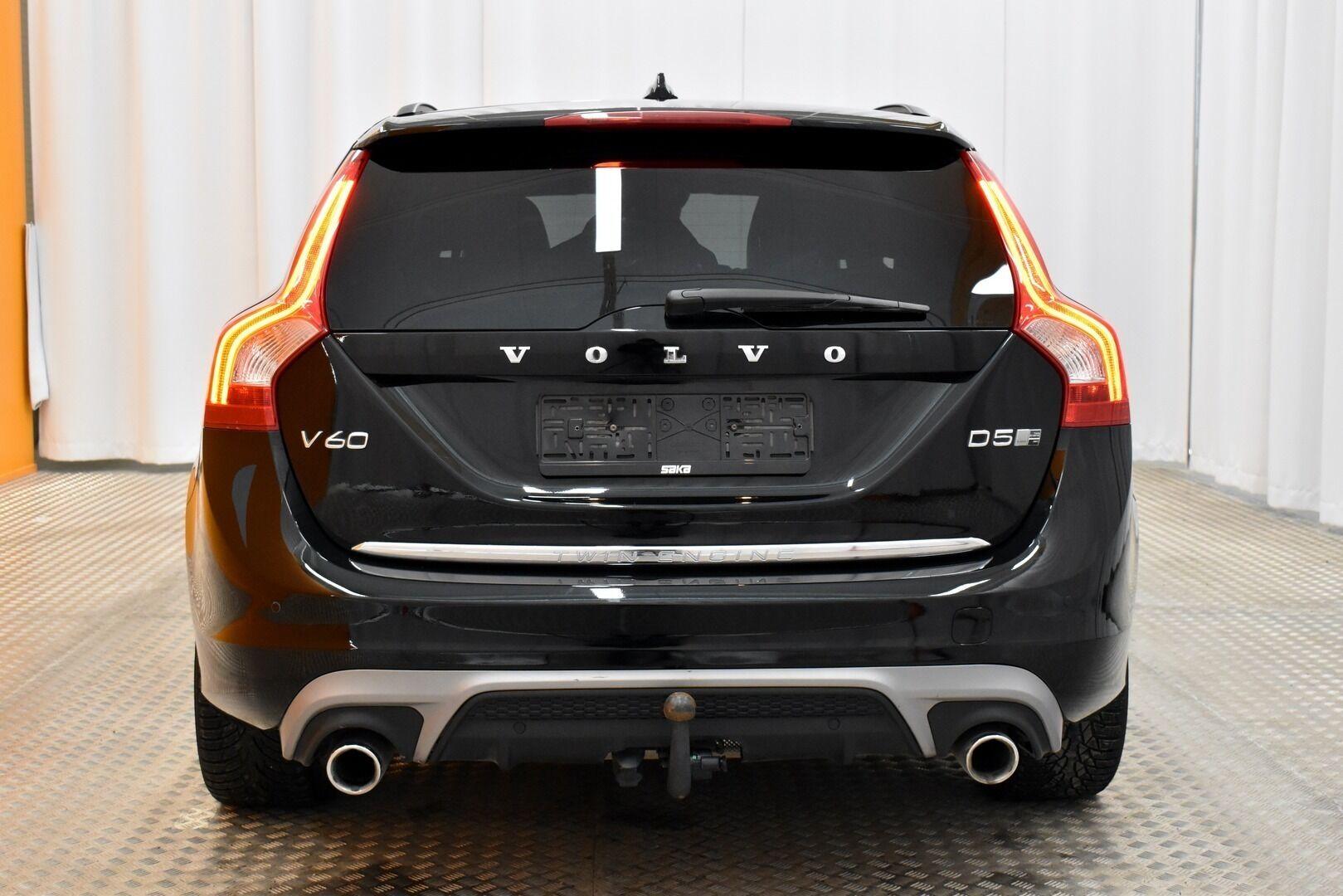 Musta Farmari, Volvo V60 – JÄR-93292, kuva 6