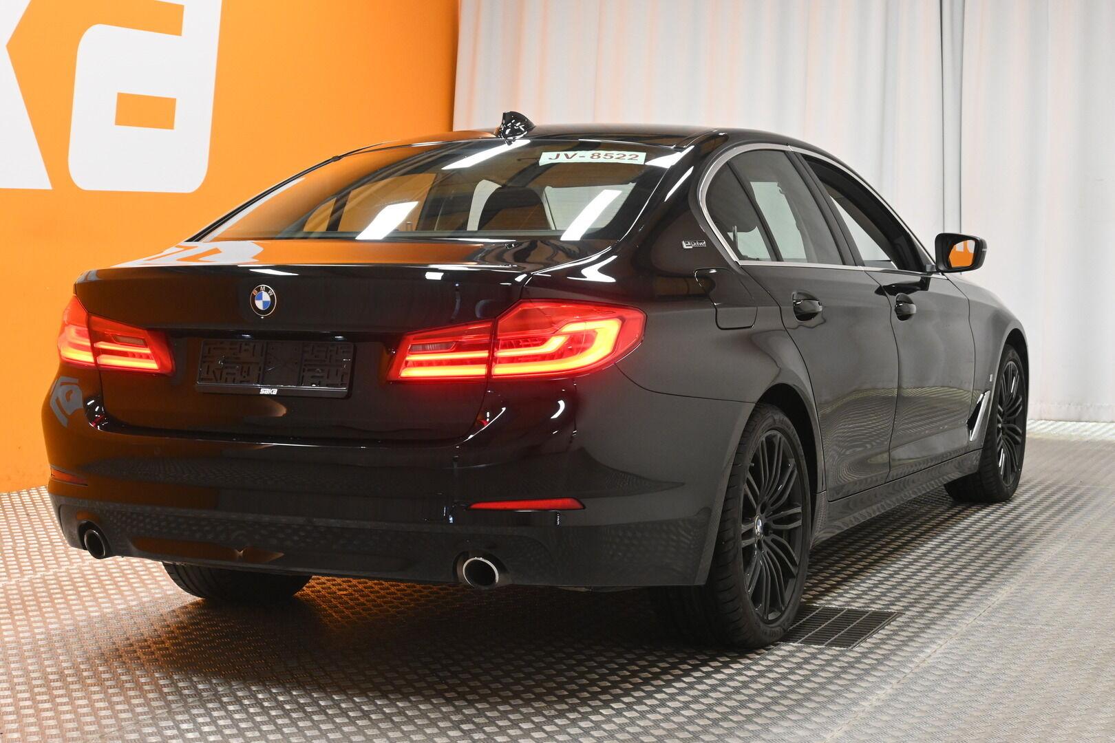 Musta Sedan, BMW 530 – KON-32251, kuva 6