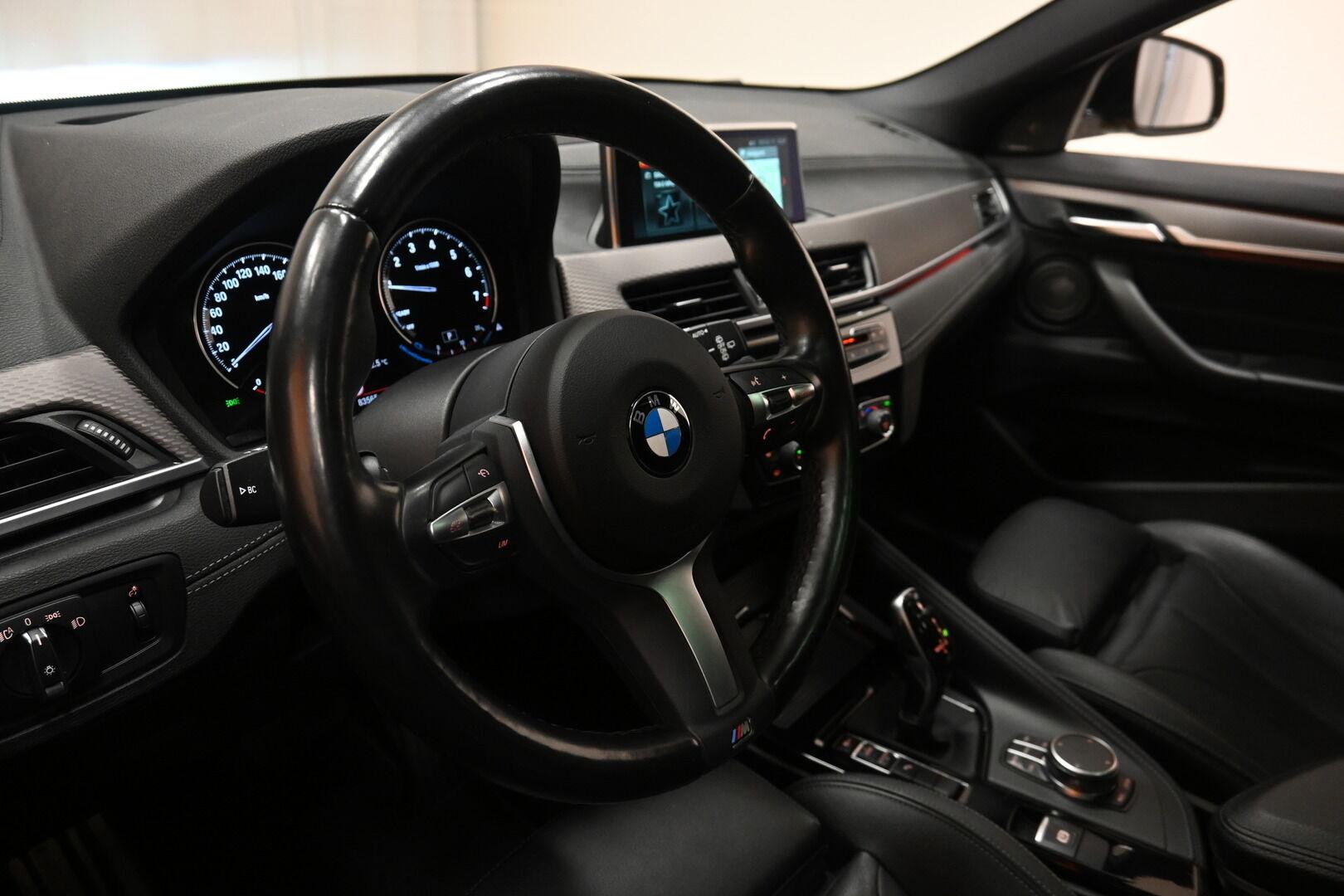 Keltainen Maastoauto, BMW X2 – KON-64359, kuva 7