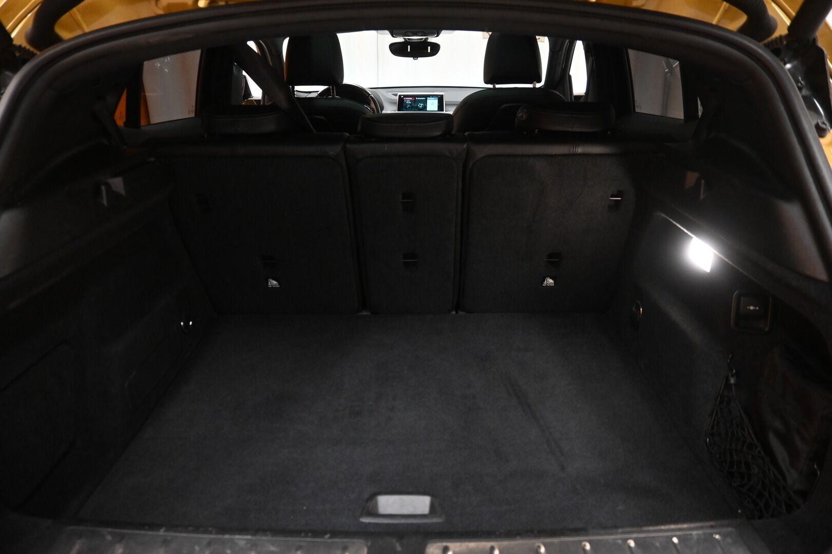 Keltainen Maastoauto, BMW X2 – KON-64359, kuva 25