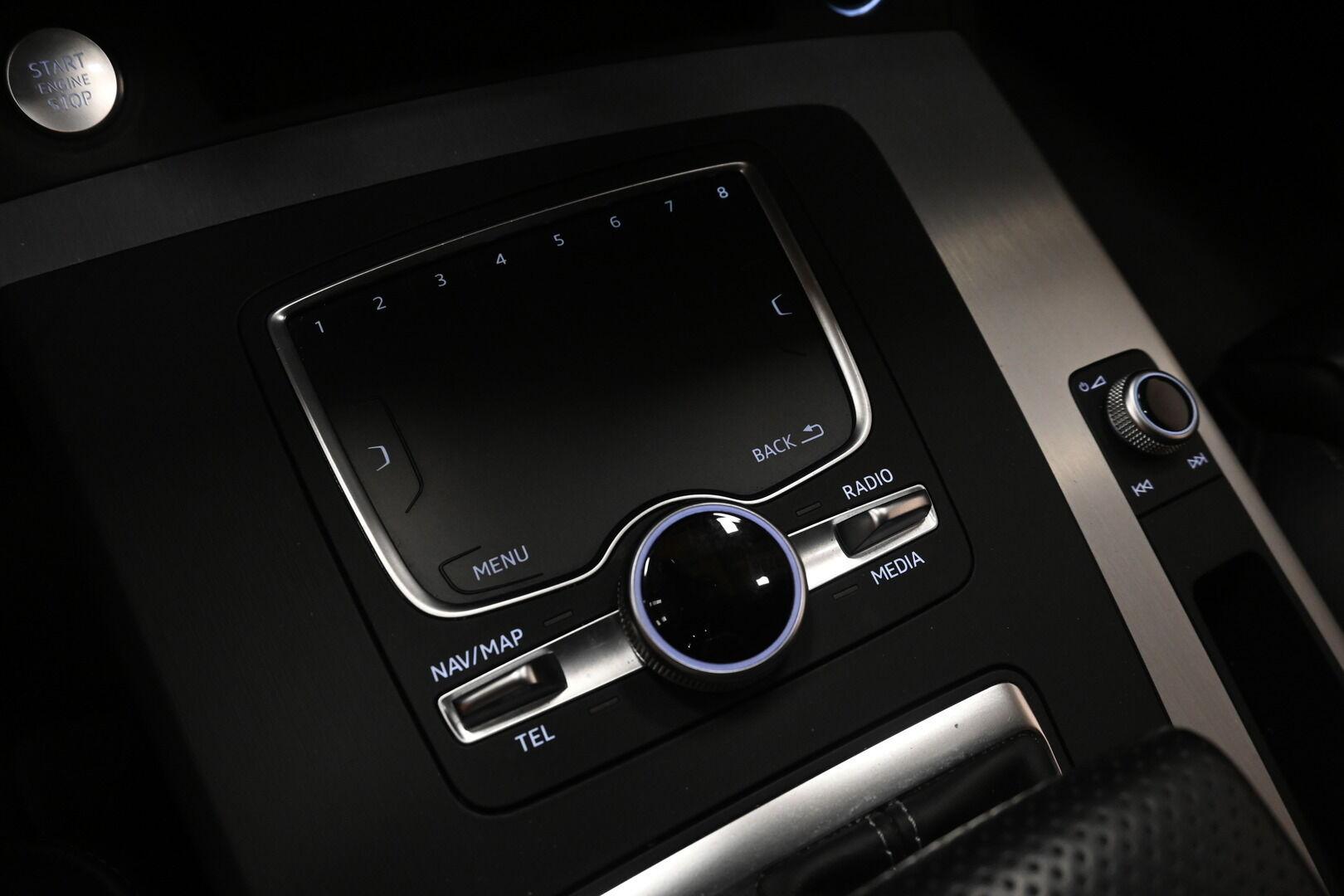 Ruskea Maastoauto, Audi Q5 – KOU-30885, kuva 22