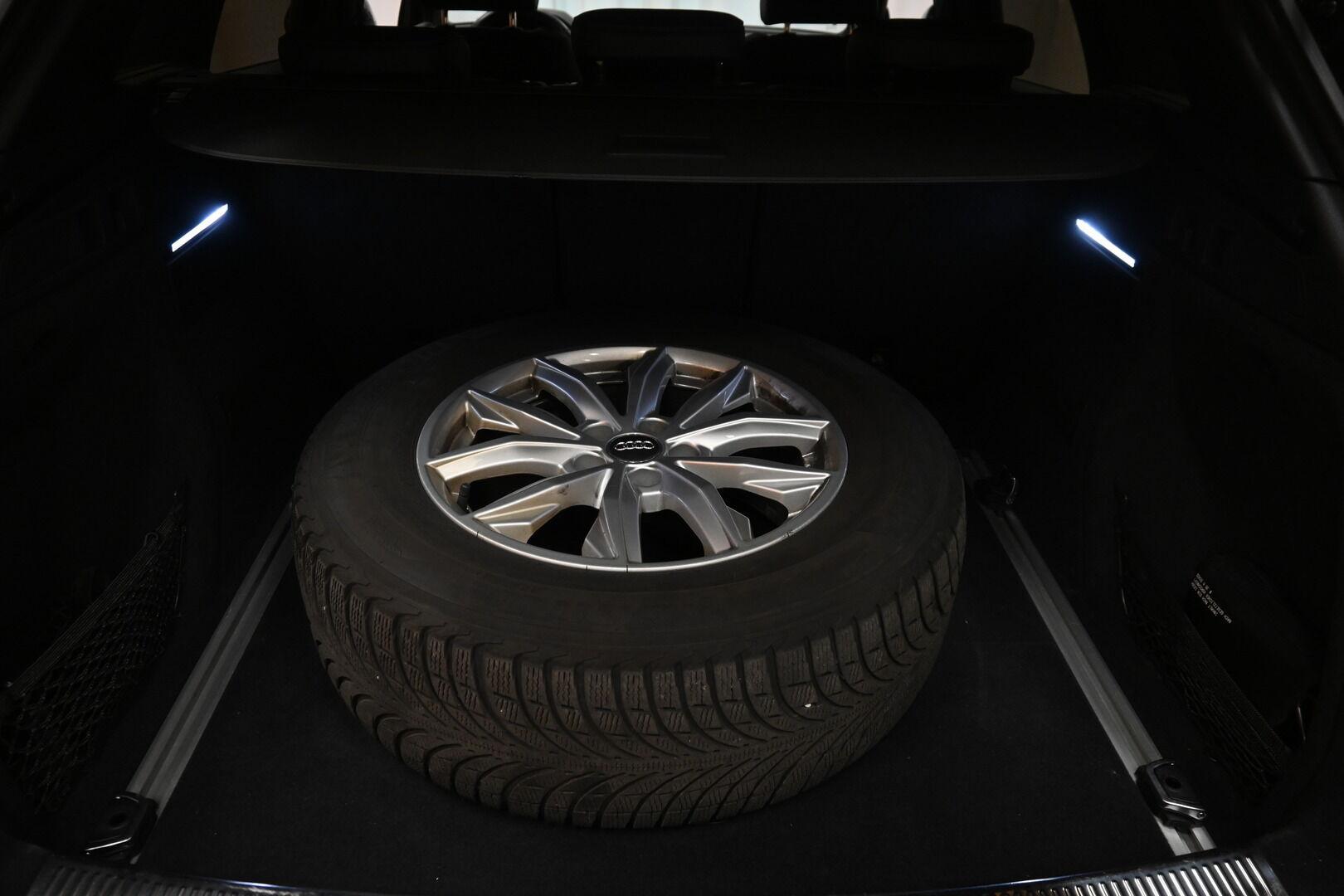 Ruskea Maastoauto, Audi Q5 – KOU-30885, kuva 23