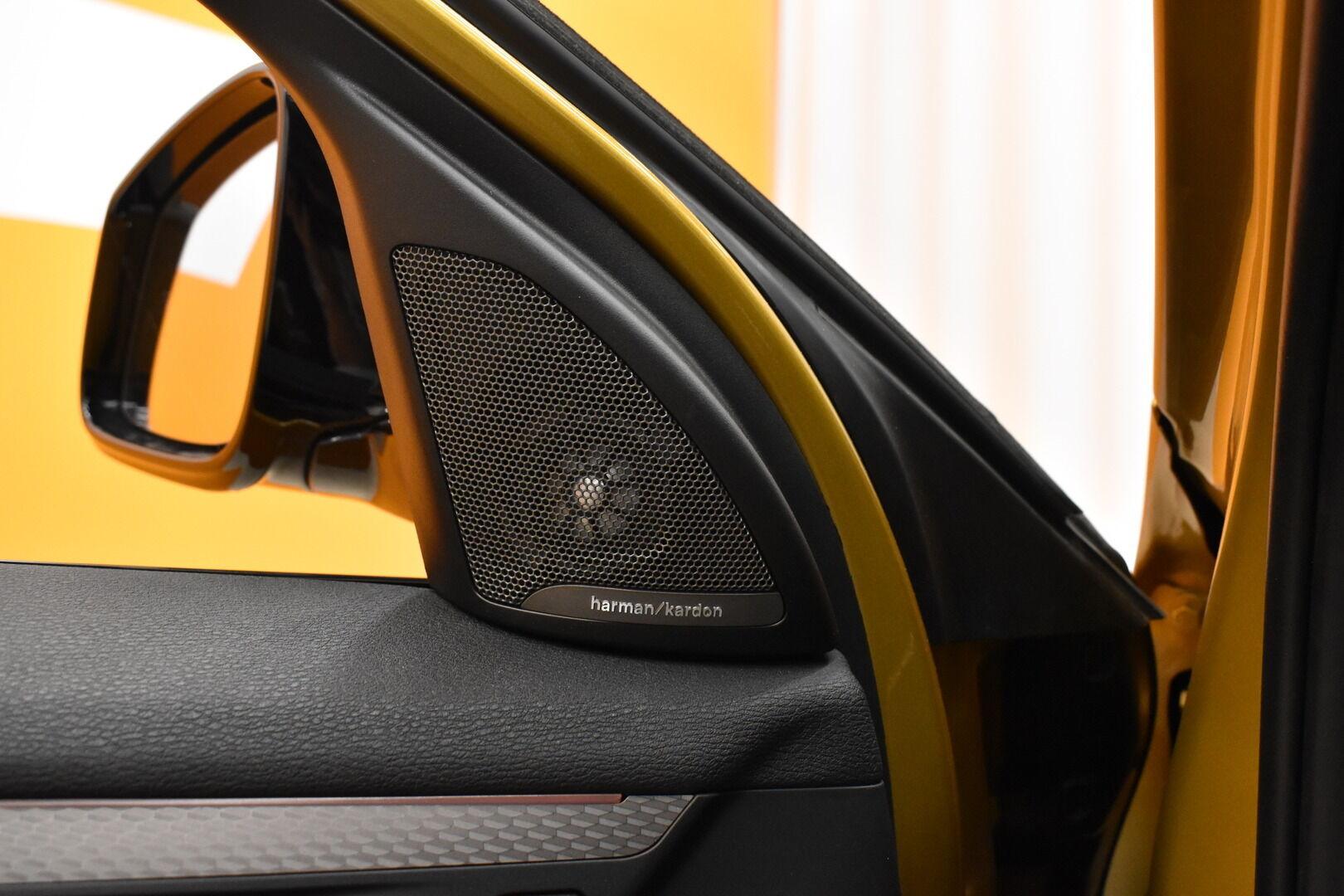 Keltainen Maastoauto, BMW X2 – LAH-64417, kuva 12