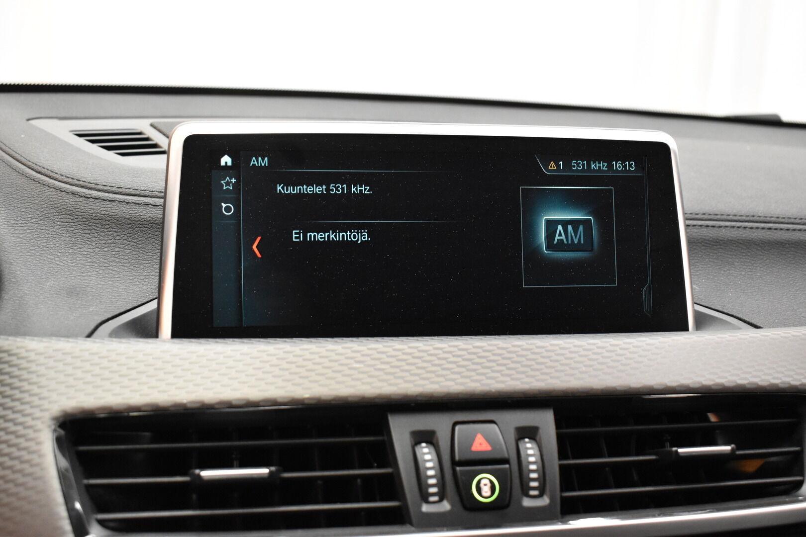 Keltainen Maastoauto, BMW X2 – LAH-64417, kuva 15