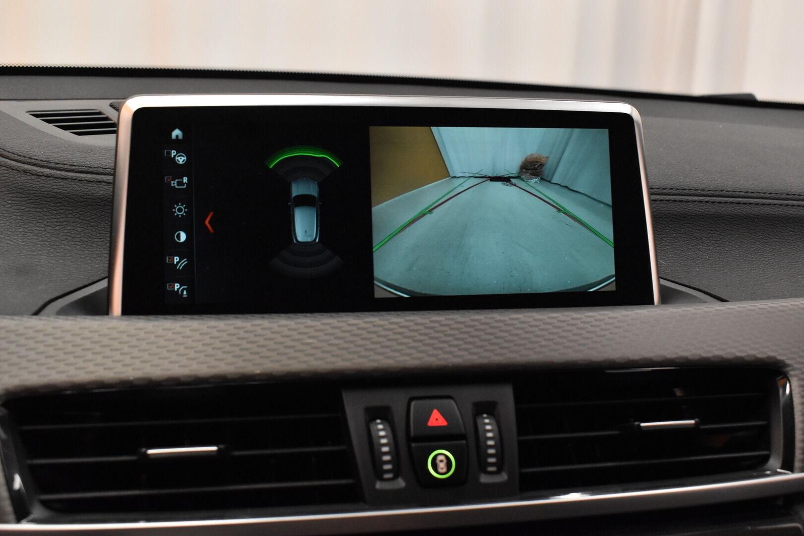 Keltainen Maastoauto, BMW X2 – LAH-64417, kuva 17