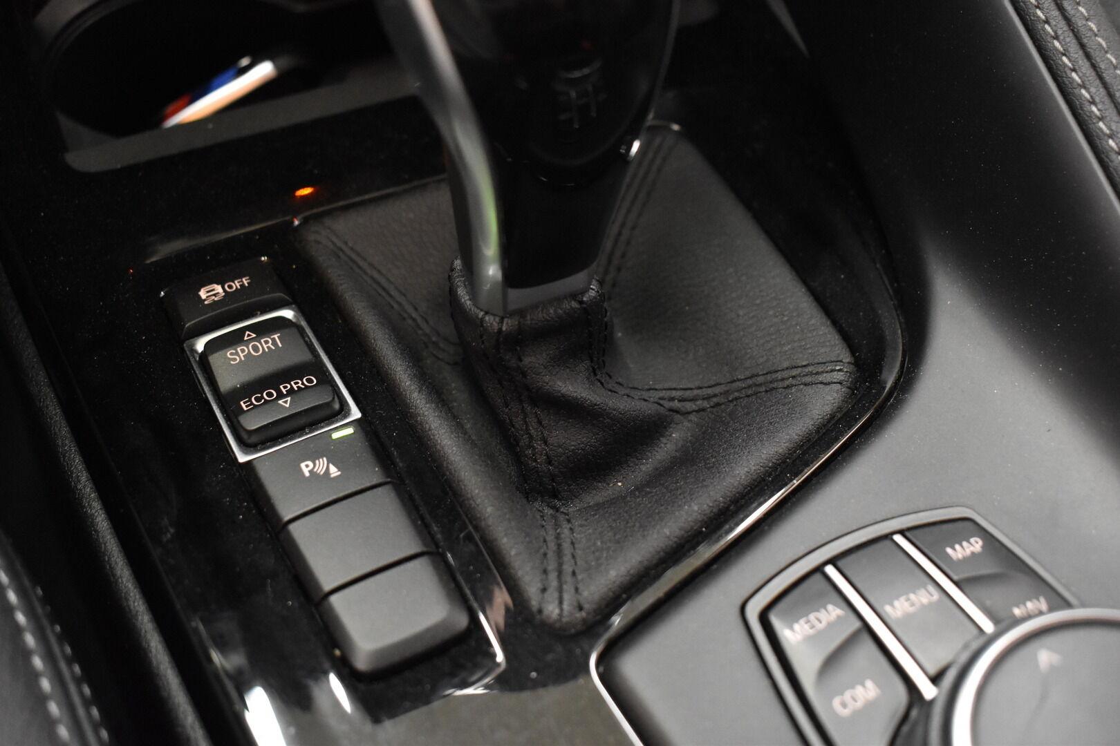 Keltainen Maastoauto, BMW X2 – LAH-64417, kuva 19