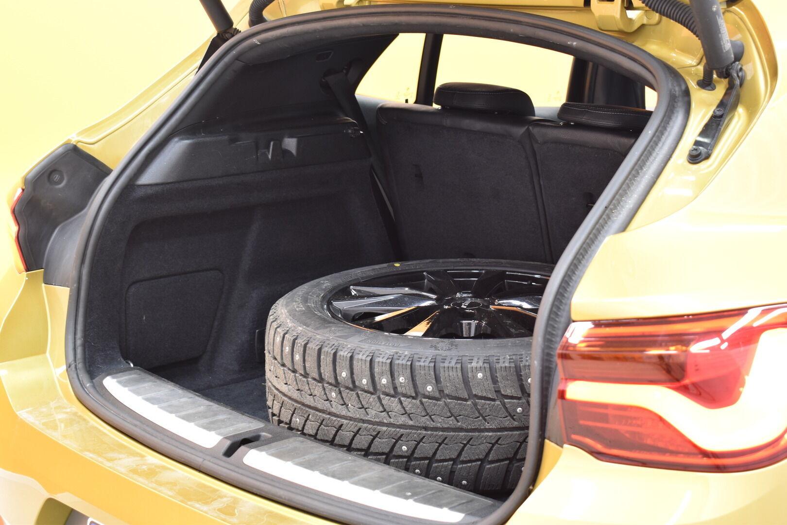 Keltainen Maastoauto, BMW X2 – LAH-64417, kuva 22
