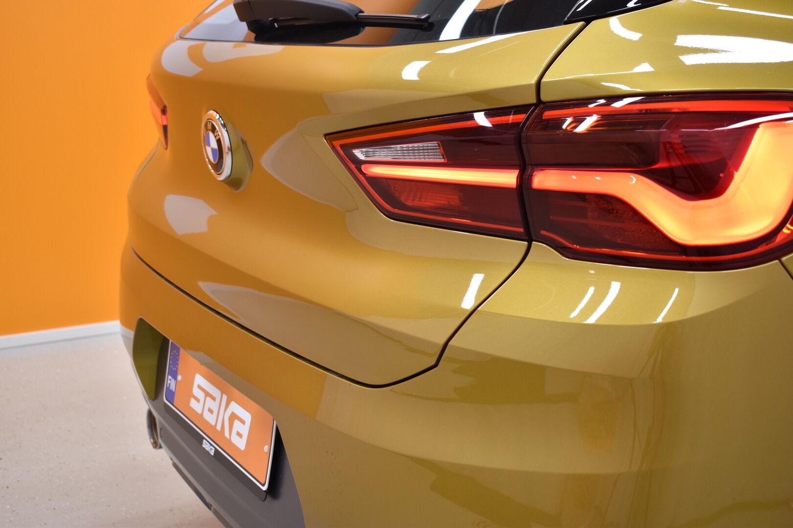 Keltainen Maastoauto, BMW X2 – LAH-64417, kuva 5