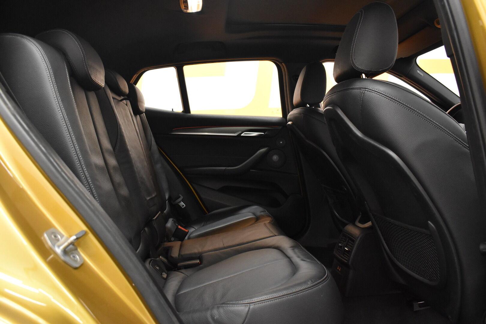 Keltainen Maastoauto, BMW X2 – LAH-64417, kuva 8
