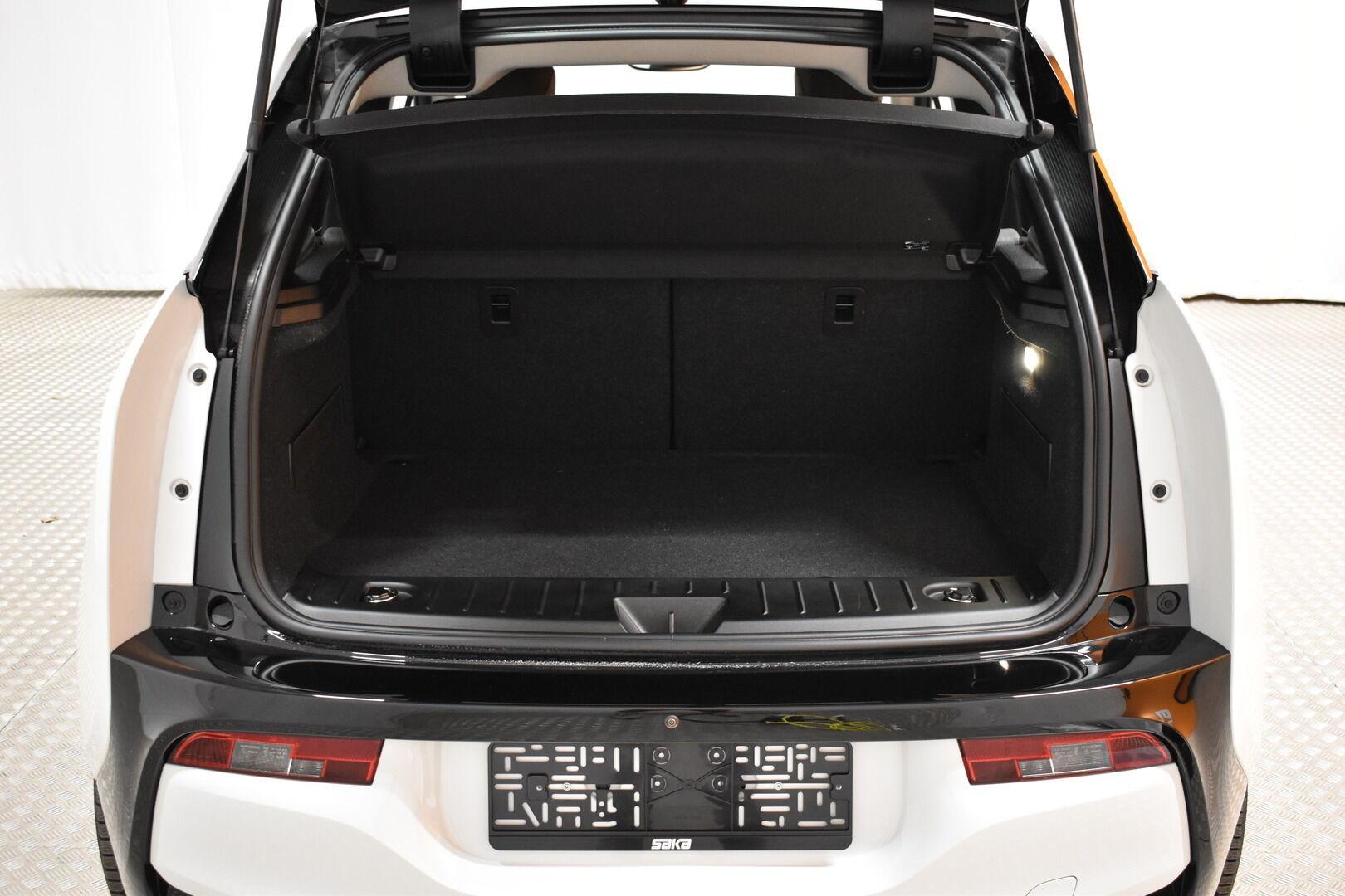Valkoinen Viistoperä, BMW i3 – LEM-71261, kuva 25