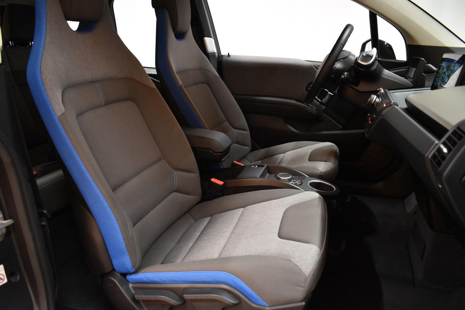 Valkoinen Viistoperä, BMW i3 – LEM-71261, kuva 9