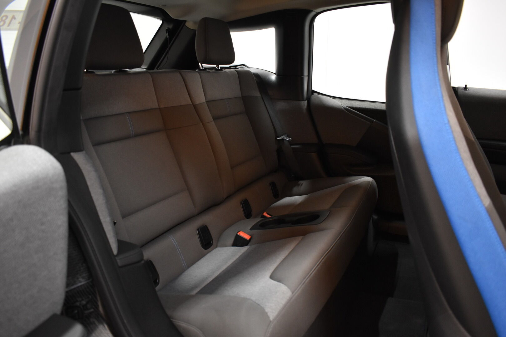 Valkoinen Viistoperä, BMW i3 – LEM-71261, kuva 10
