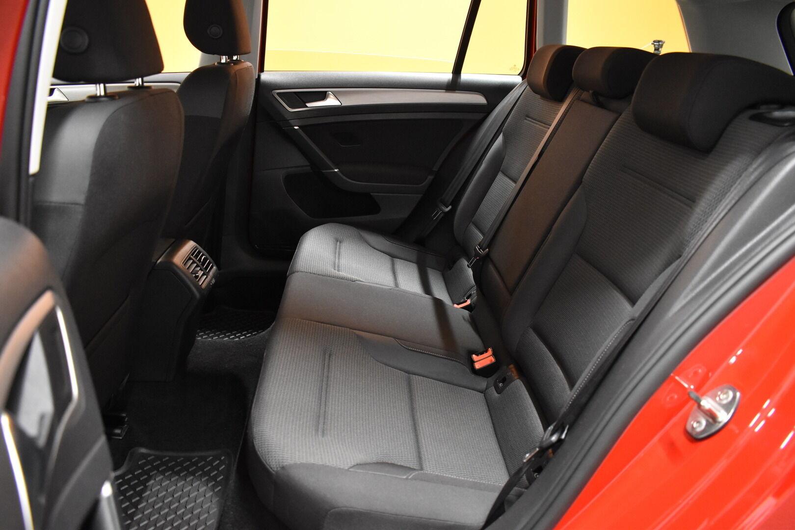 Punainen Farmari, Volkswagen Golf – LEM-79340, kuva 11