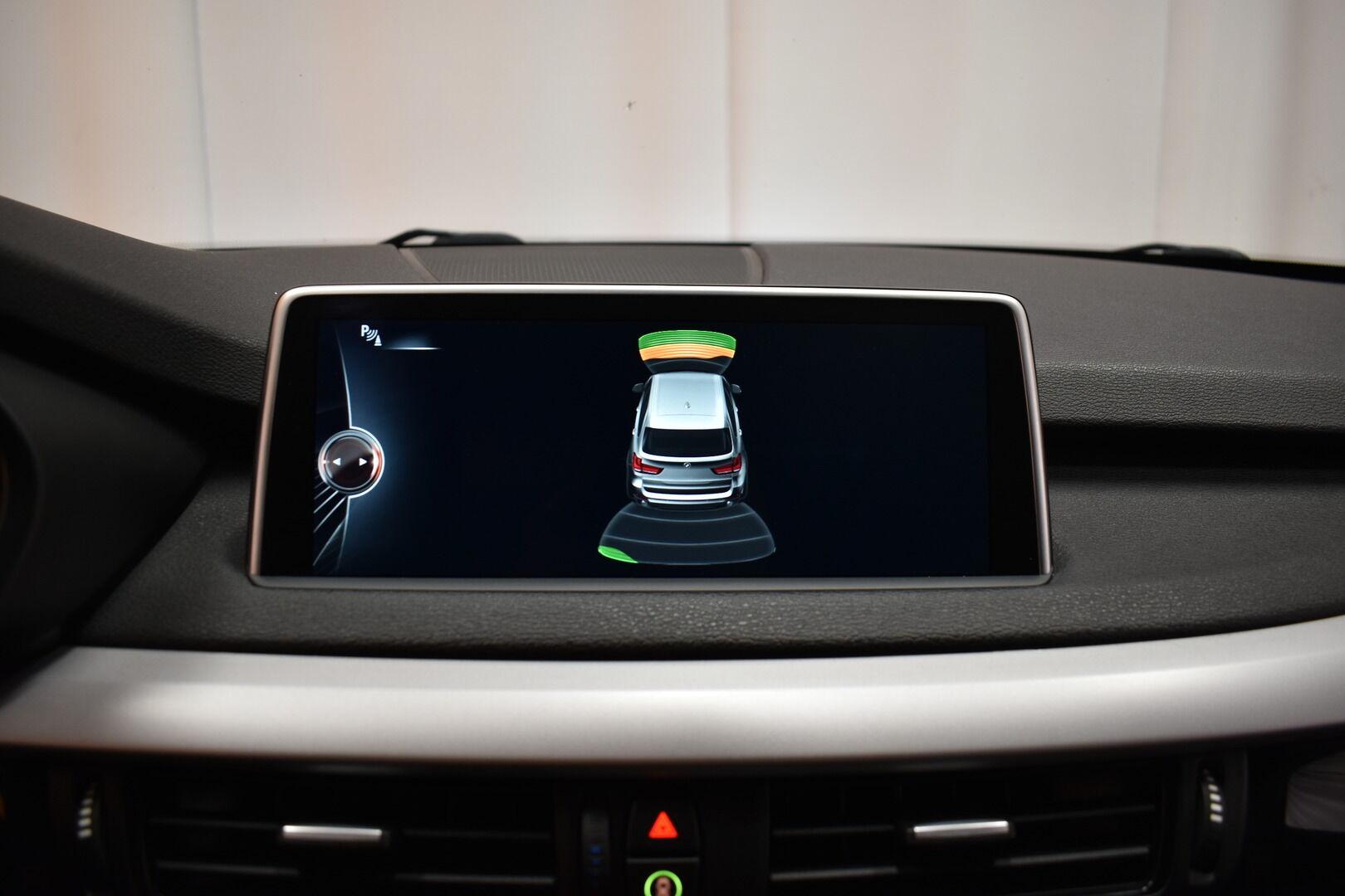 Musta Maastoauto, BMW X5 – LOH-812, kuva 20