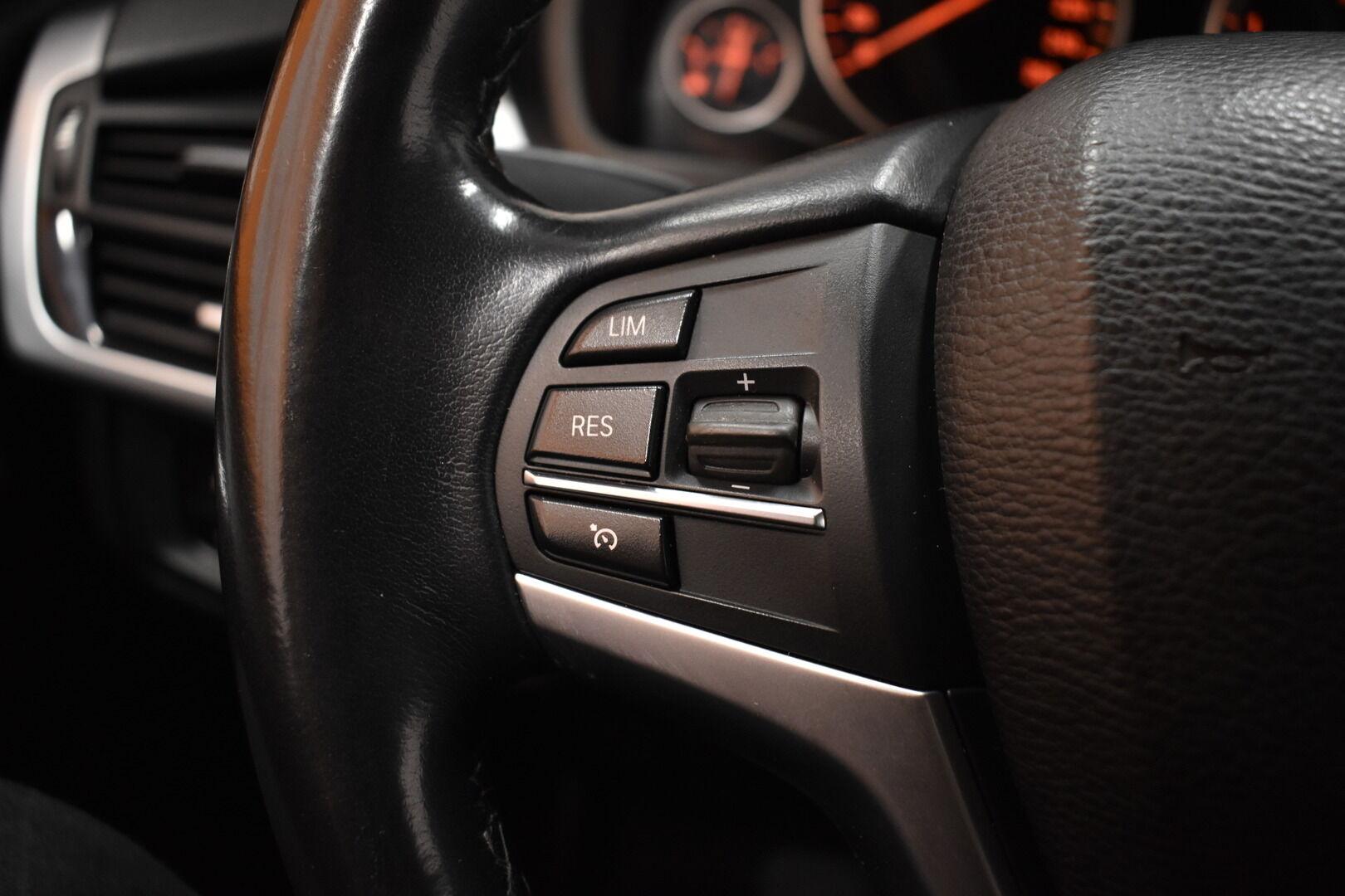 Musta Maastoauto, BMW X5 – LOH-812, kuva 24