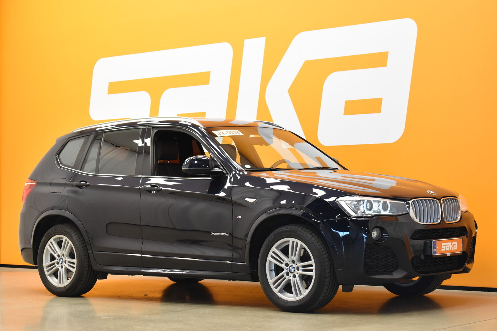 Musta Maastoauto, BMW X3 – OUL-28083, kuva 18