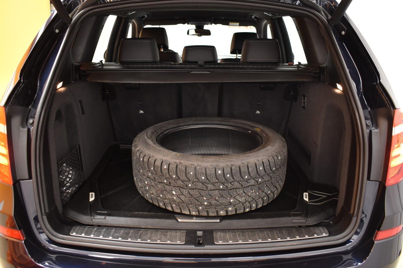 Musta Maastoauto, BMW X3 – OUL-28083, kuva 28