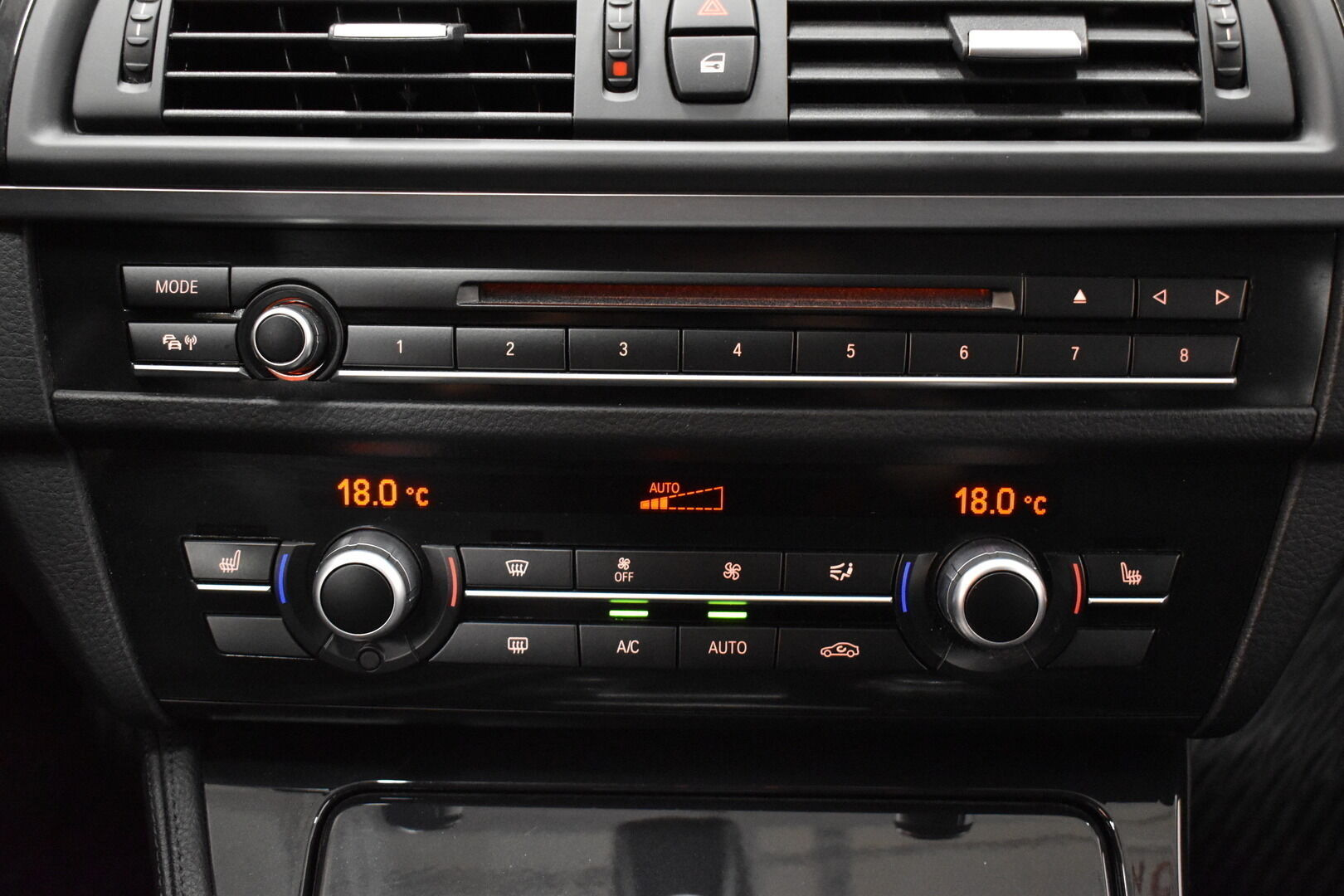 Musta Sedan, BMW 528 – POR-8128, kuva 18