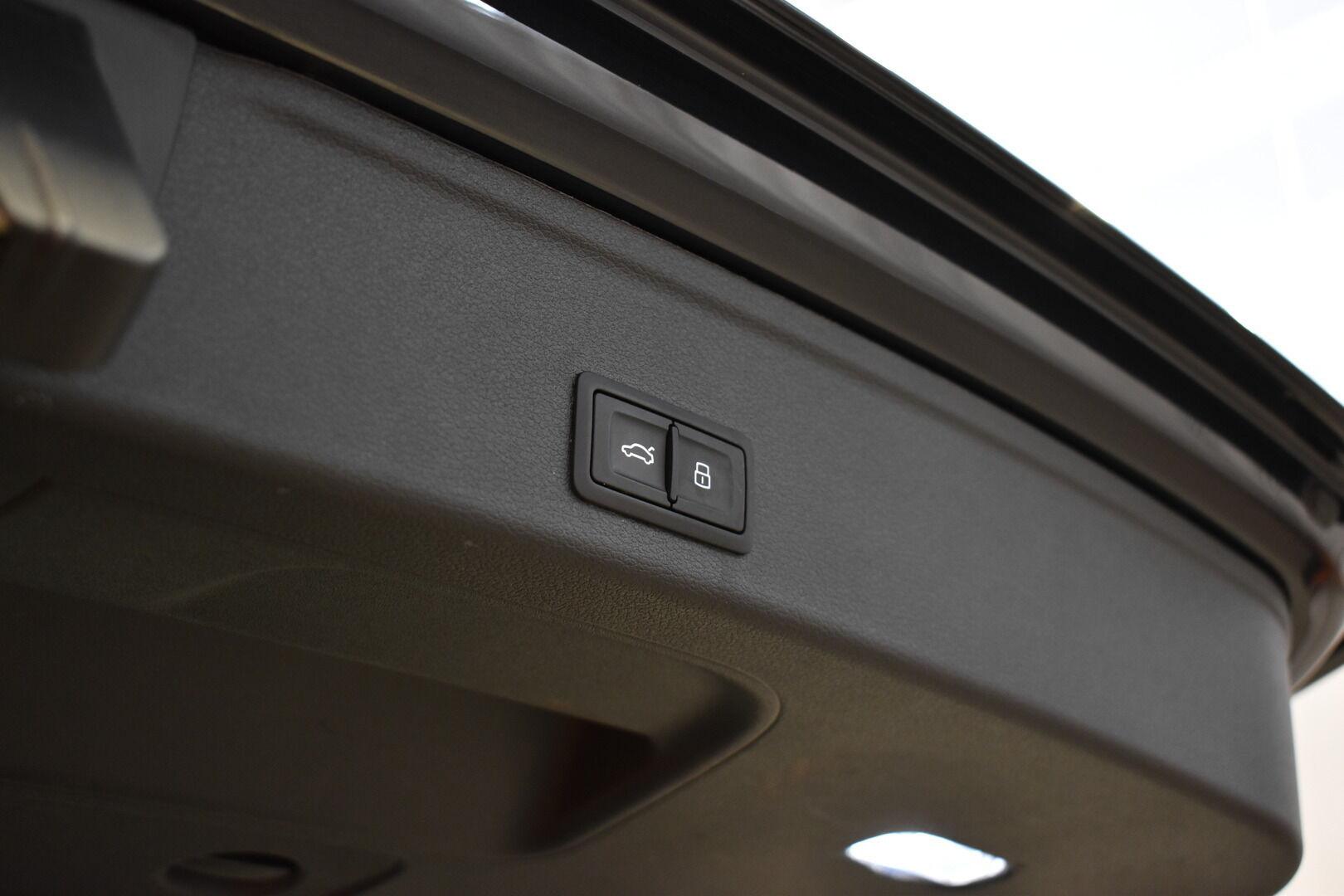 Sininen Farmari, Audi A4 – TAM-75465, kuva 22