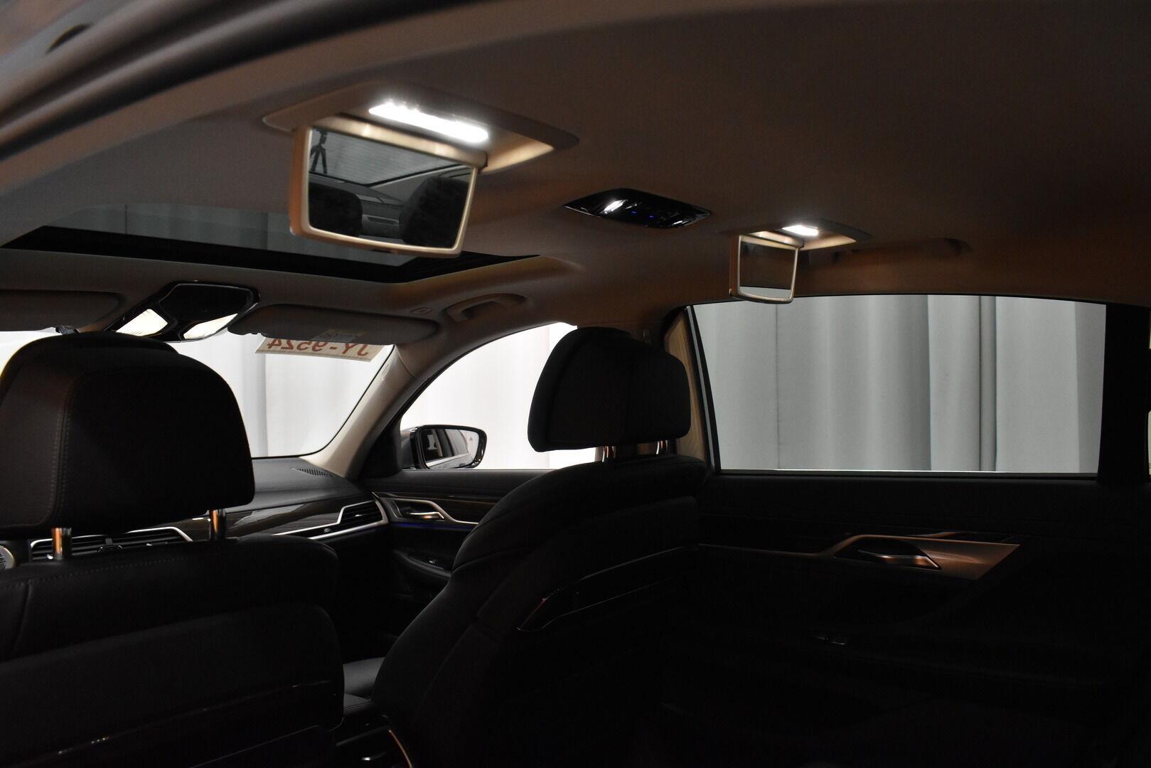 Harmaa Sedan, BMW 740 – VAN-96980, kuva 15