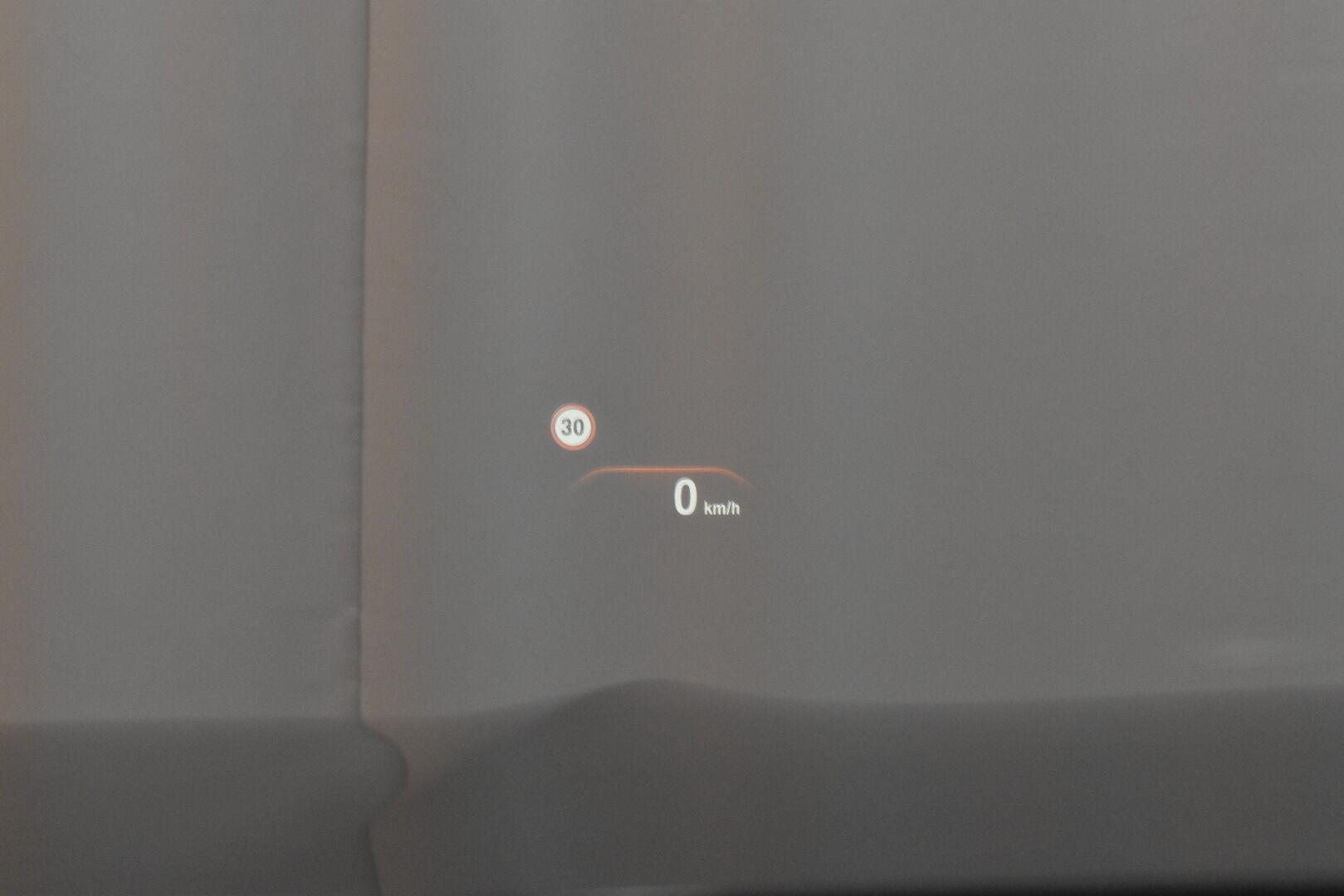 Harmaa Sedan, BMW 740 – VAN-96980, kuva 20